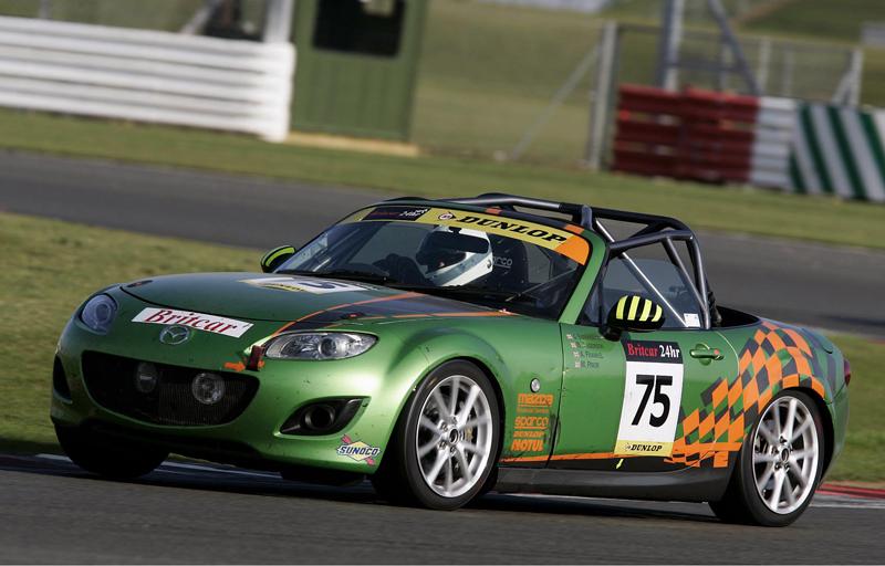 Three MX-5 Finish Britain\'s Endurance Race   Apex – The Burnpavement ...